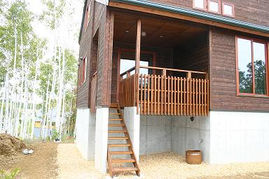 木の階段のある家12