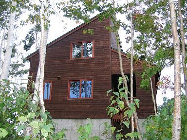 木の階段のある家7
