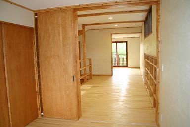 木の階段のある家8