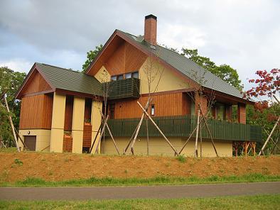大きなテラスのある家1